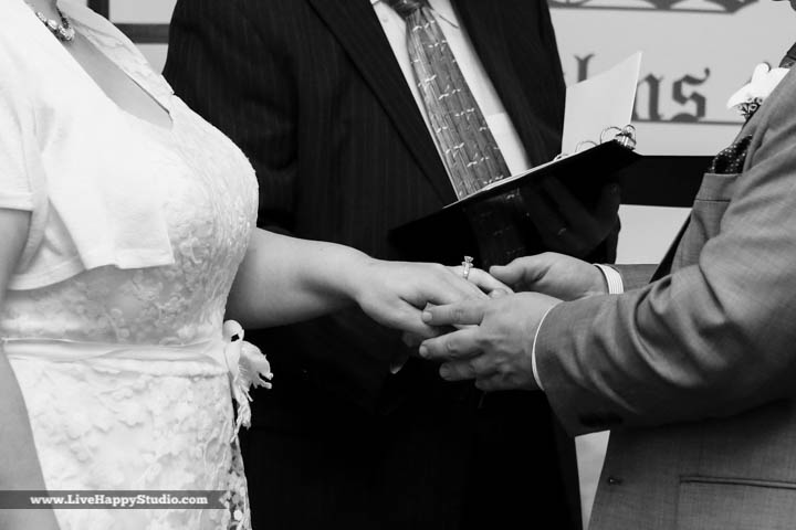 orlando-wedding-photography-www.livehappystudio.com-intimate-ceremony-6.jpg