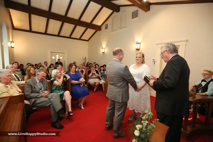 orlando-wedding-photography-www.livehappystudio.com-intimate-ceremony-13.jpg