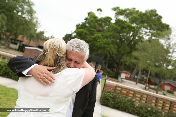 orlando-wedding-photography-www.livehappystudio.com-intimate-ceremony-21.jpg