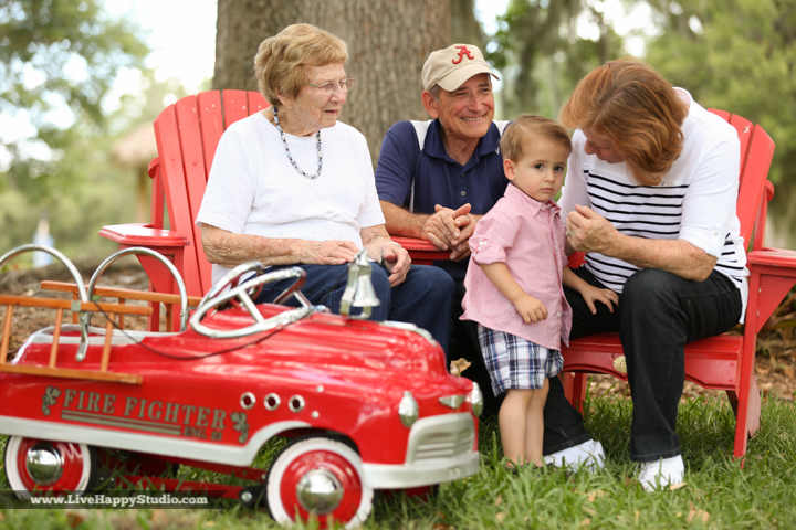orlando-family-portrait-photography-www.livehappystudio.com-orlando-science-center-2.jpg