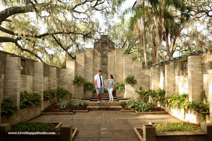 orlando-engagement-photography-maitland-art-center-www.livehappystudio.com-best-4.jpg