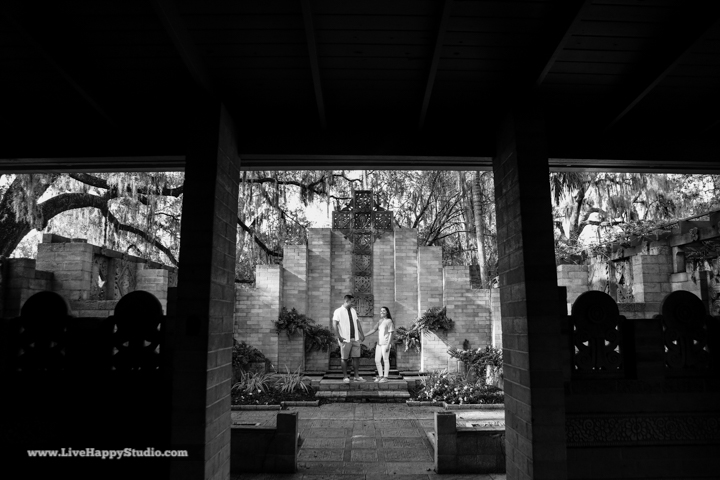 orlando-engagement-photography-maitland-art-center-www.livehappystudio.com-best-5.jpg