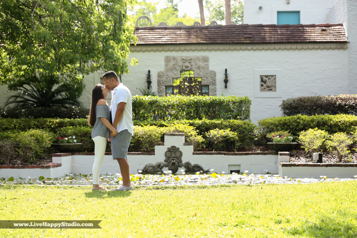 orlando-engagement-photography-maitland-art-center-www.livehappystudio.com-best-22.jpg