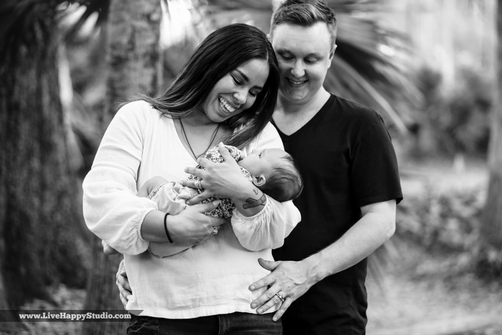 family-photography-newborn-orlando-live-happy-studio-8.jpg