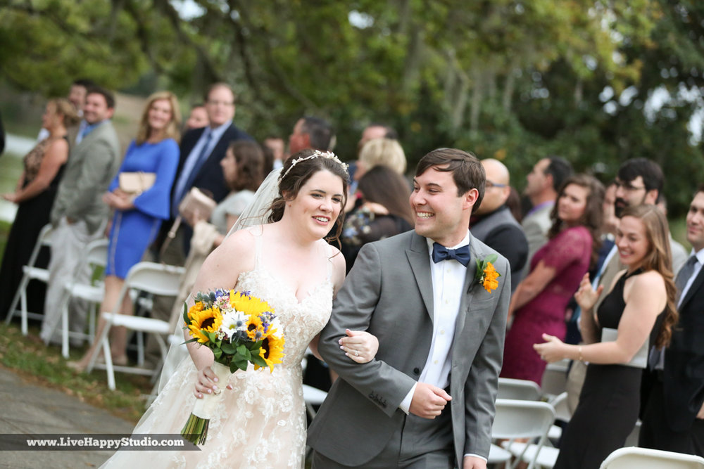 orlando-science-center-wedding-photography-outside-lake-front-ceremony-29.jpg