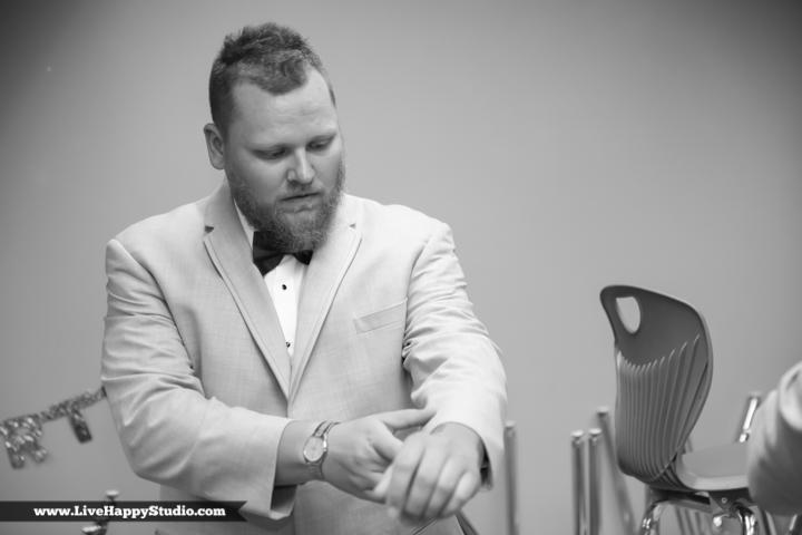 www.livehappystudio.com-orlando-wedding-photography-orlando-science-center-5-guys-getting-ready.jpg