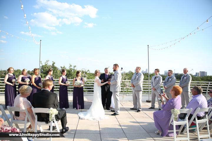 www.livehappystudio.com-orlando-wedding-photography-orlando-science-center-13-outdoor-ceremony.jpg