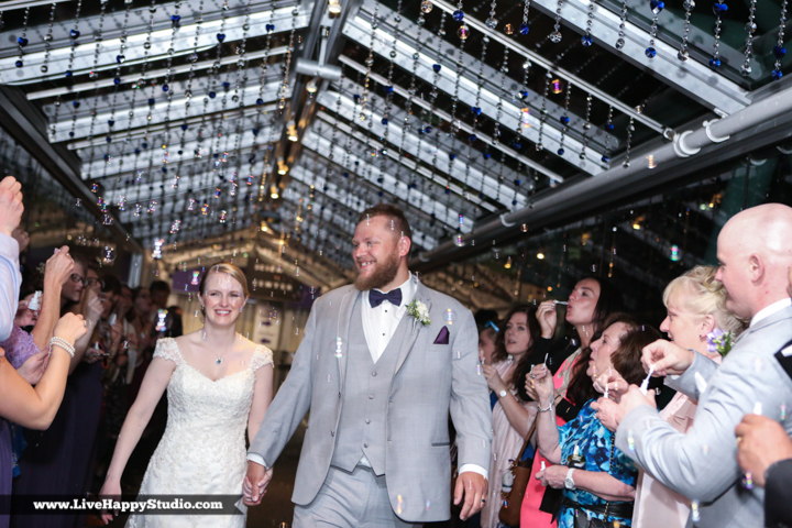 www.livehappystudio.com-orlando-wedding-photography-orlando-science-center-36-exit.jpg