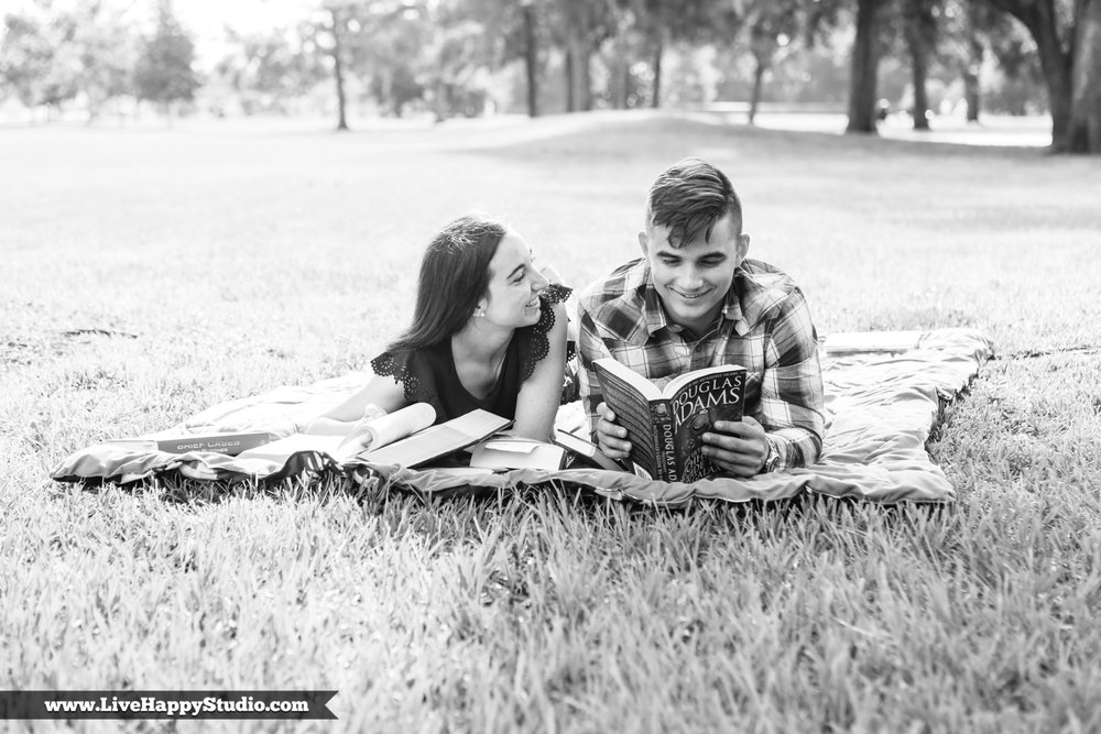 www.livehappystudio.com-cypress-grove-estate-house-park-central-florida-photographer-engagement-session-1.jpg