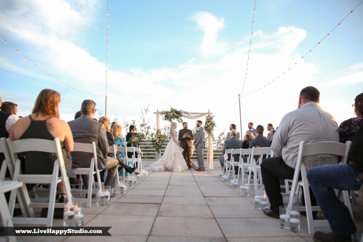 www.livehappystudio-orlando-science-center-wedding-photography-13.jpg