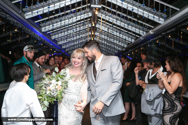 www.livehappystudio-orlando-science-center-wedding-photography-uplighting-bridge42.jpg