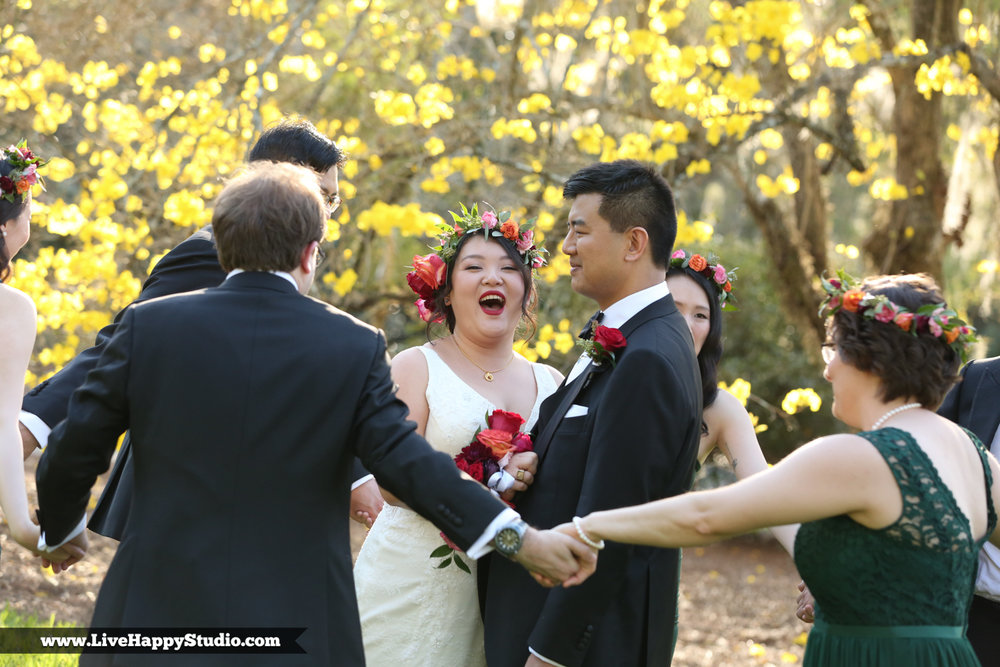 www.livehappystudio.com-orlando-science-center-museum-wedding-photography-photographer-candid-7.jpg