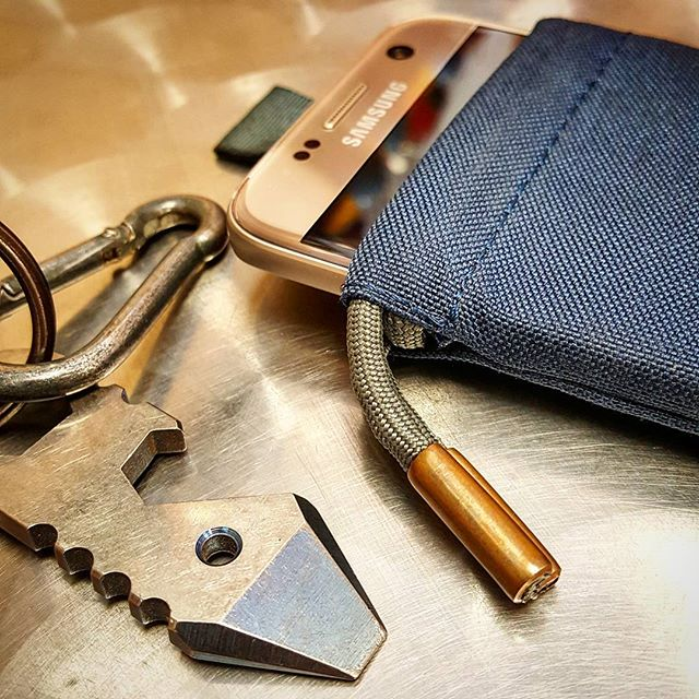 Opening the books back up! Let me know if you'd like a custom made bag or case!! #everydaycarry #pocketdump #everydaygear #handmade #custommade #edc #travelgear