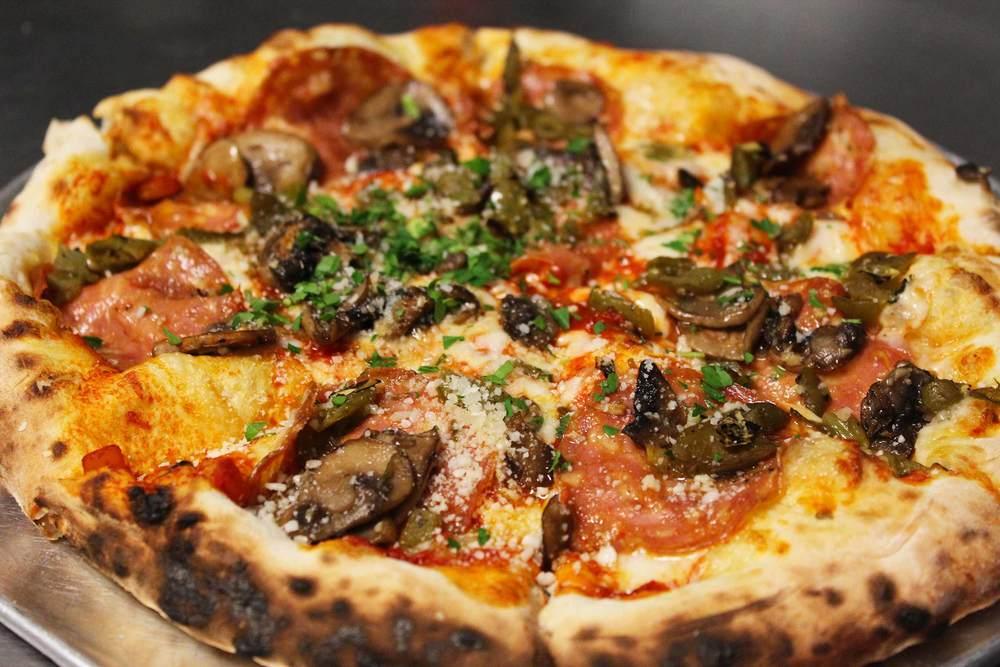Pizza_IMG_5834.jpg
