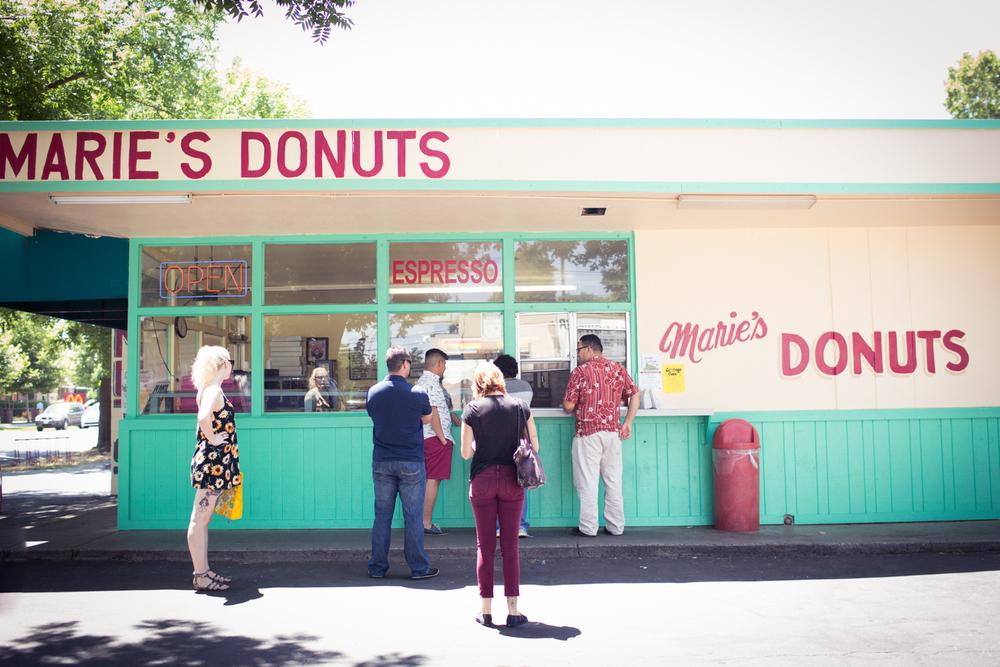 Maries Donuts