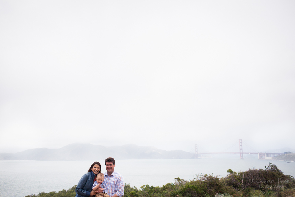 golden gate bridge family portrait lands end