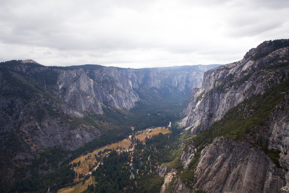 view from yosemite point outlook