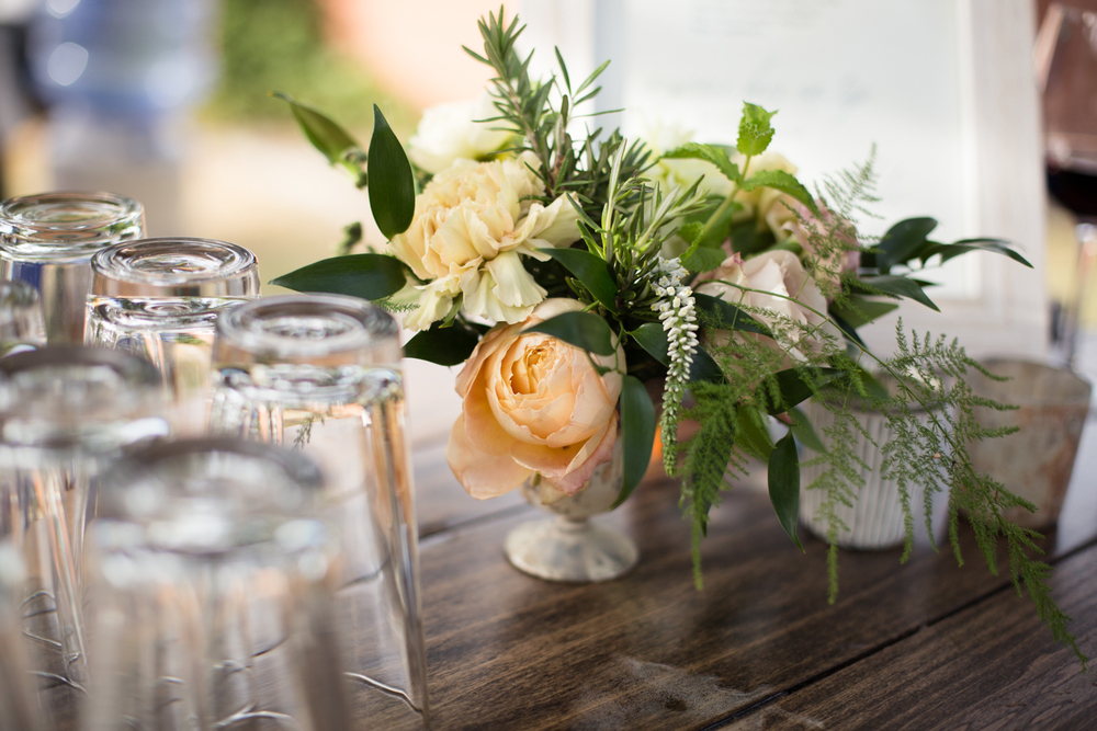 lily and mint floral design mendocino county wedding