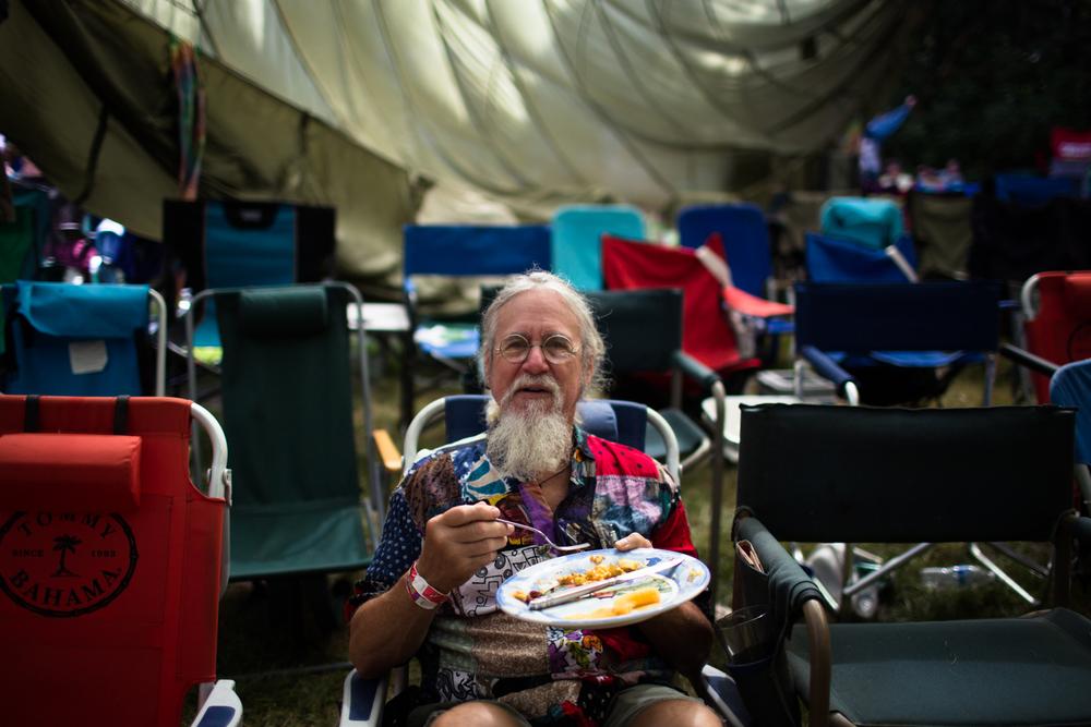 breakfast under the parachute
