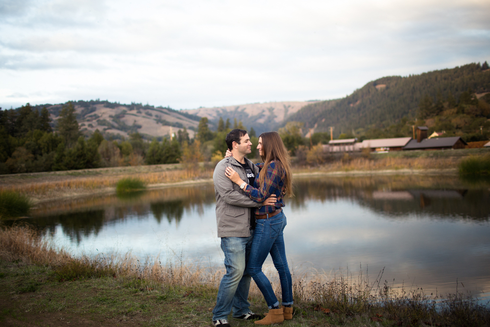 anderson valley wedding photographer engagement philo