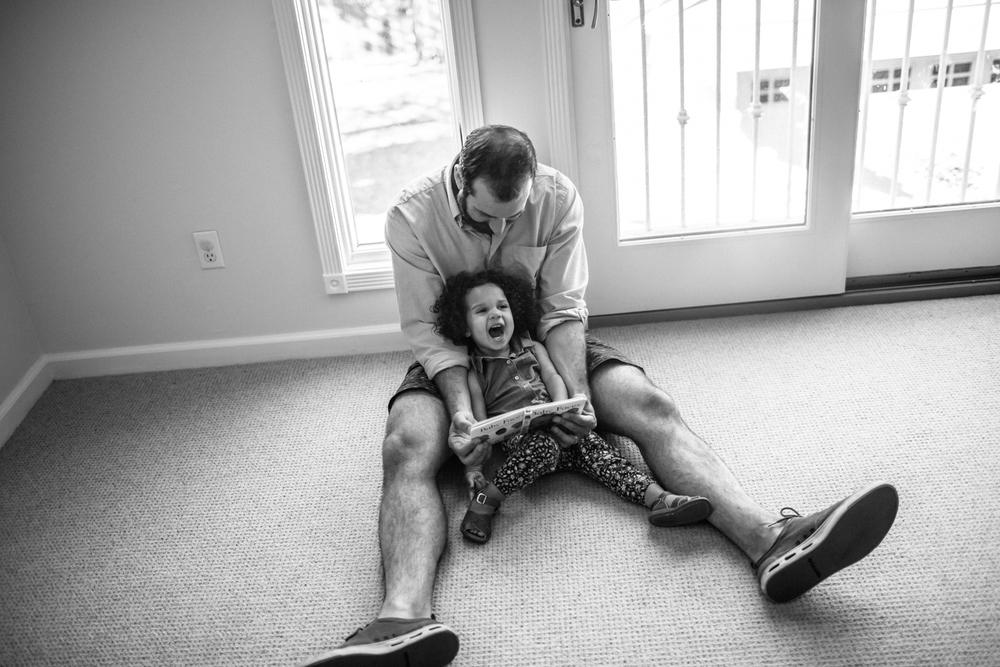 premier sacramento family photographer natural light lifestyle documentary