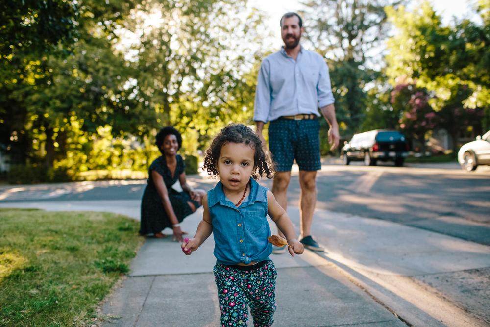 sacramento auburn roseville family photographer natural light lifestyle documentary