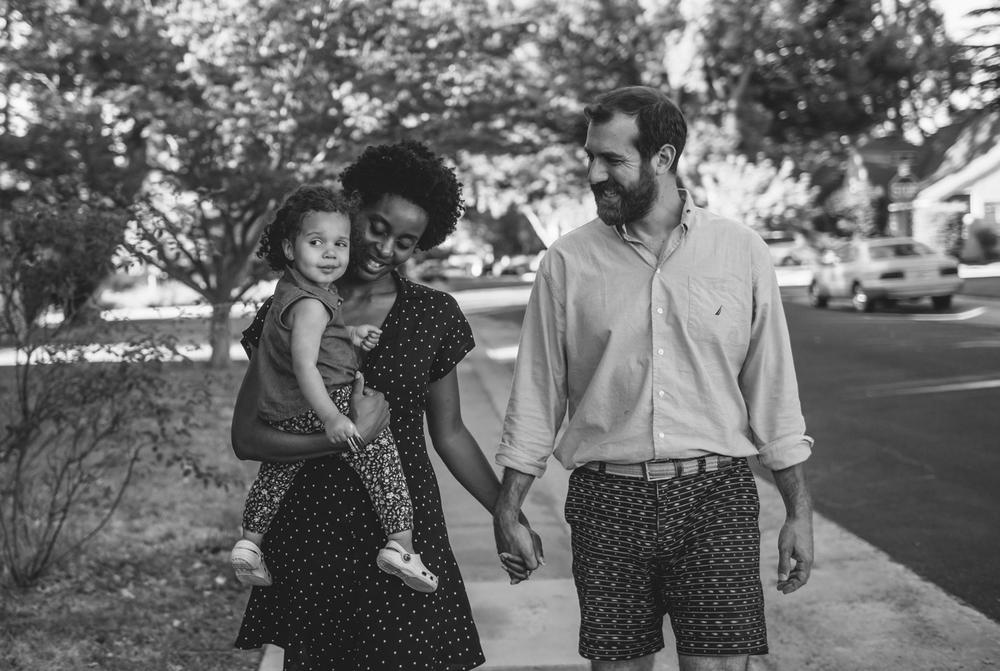 sacramento nevada city family photographer natural light lifestyle documentary