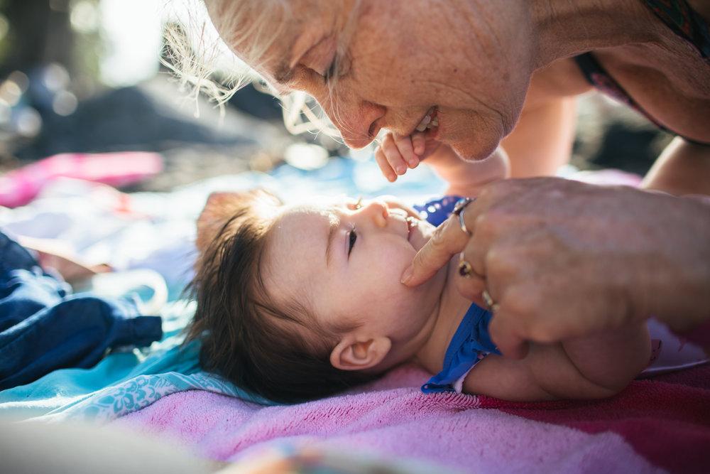 hilo-lifestyles-photographer-baby-family-7.jpg