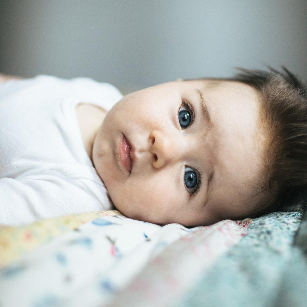 nevada-city-baby-newborn-family-photographer-18.jpg