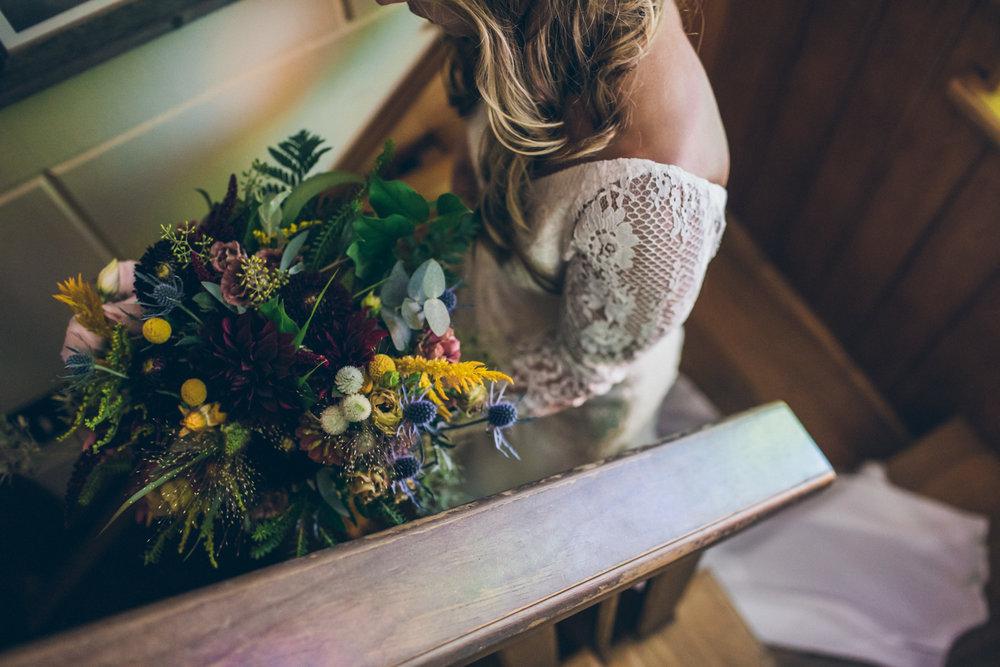 two-room-inn-wedding-photography-nevada-city-1.jpg