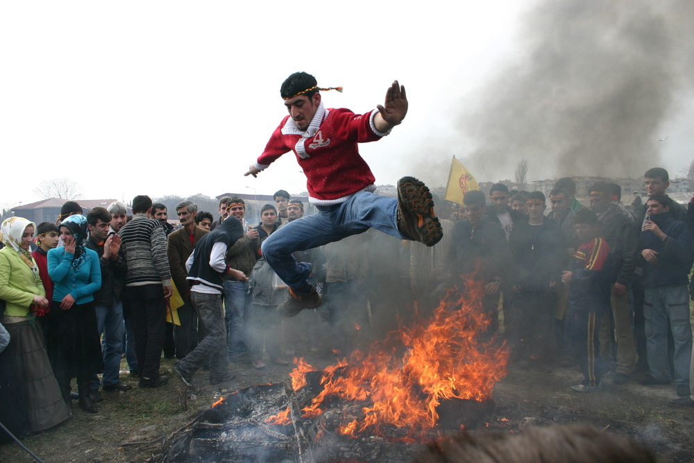 newroz-kick-flickerflame
