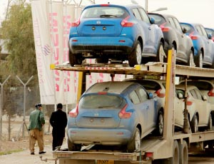 Blue cars in Iraq - A rare find!