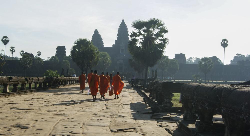 monks_1.JPG
