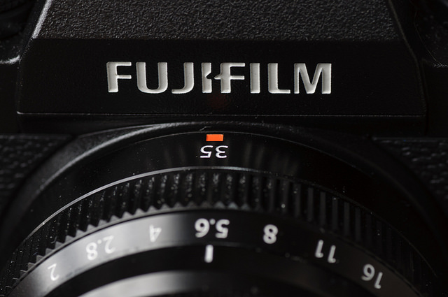 XF 35mm F2 WR review