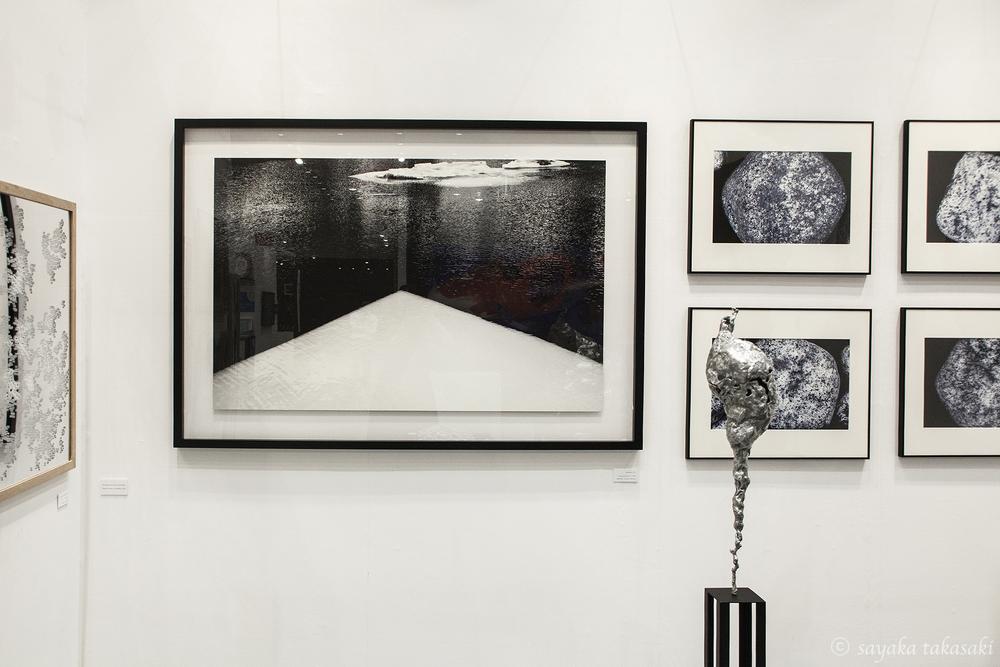 左「untitled 3-3」現代詩手帖の企画で詩人の藤原安紀子氏の詩を読んで撮影した写真