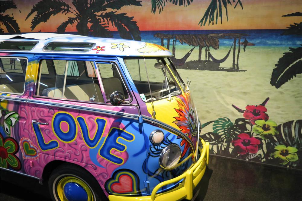 VW Bulli Backdrop