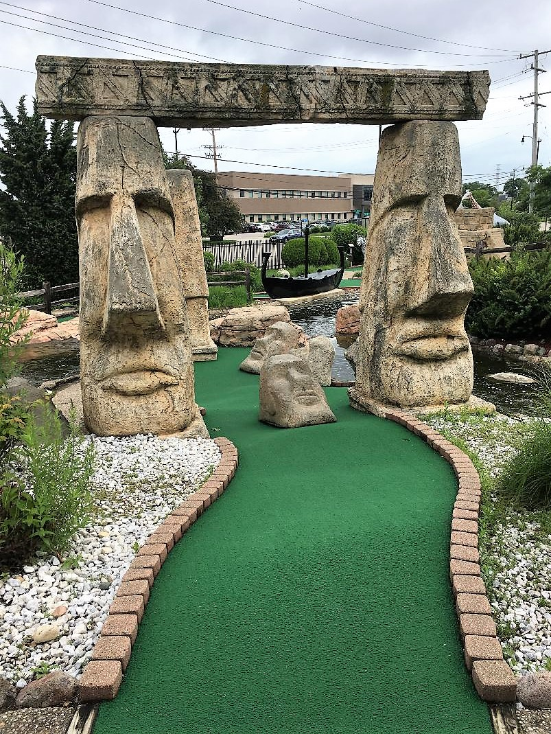 Mini-golf-course-2.jpg