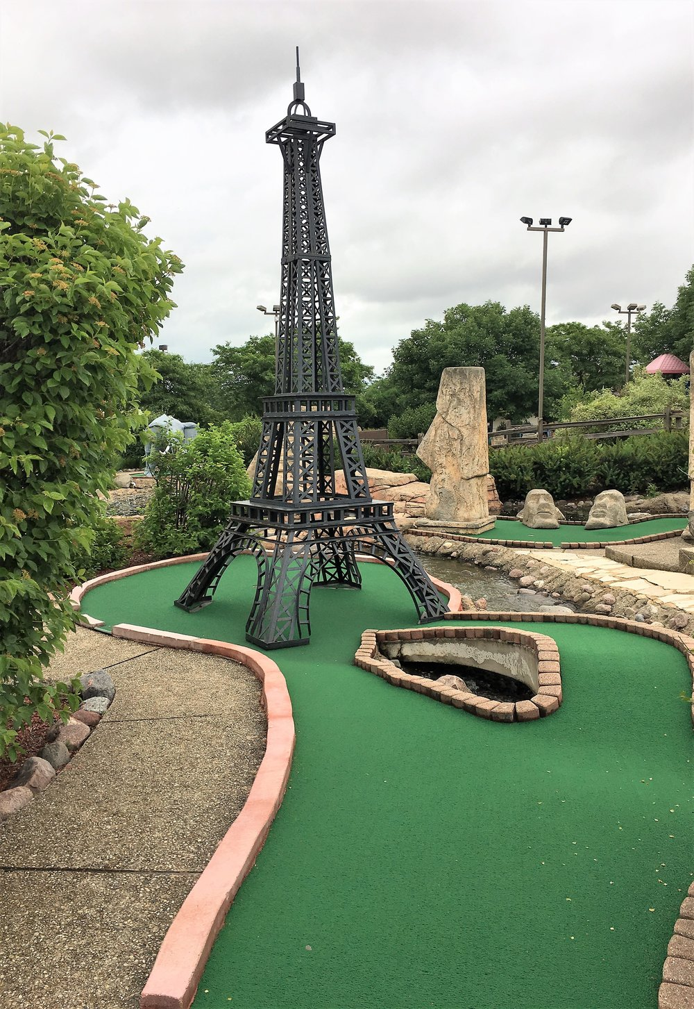 Mini-golf-course-5.jpg