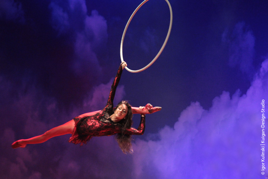 Erika Lemay - Aerial-Ring (Photo by Igor Kulinski) (4).jpg