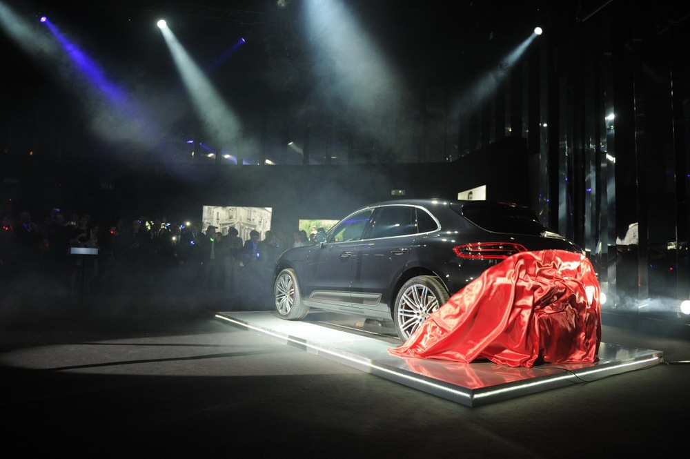 Macan unveil 2.JPG