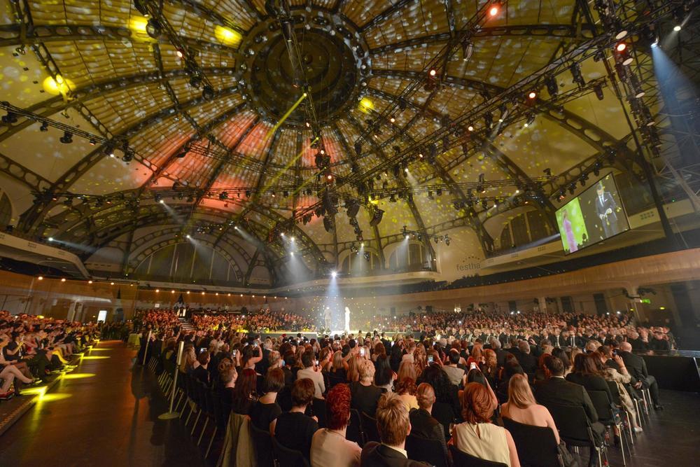 Festhalle Frankfurt   Foto: BrauerPhotos © Neugebauer for s.Oliver