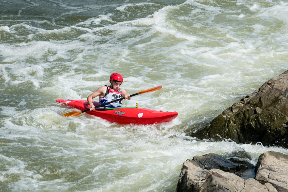 Eric Orenstein Kayaks Towards The Crack at Great Falls