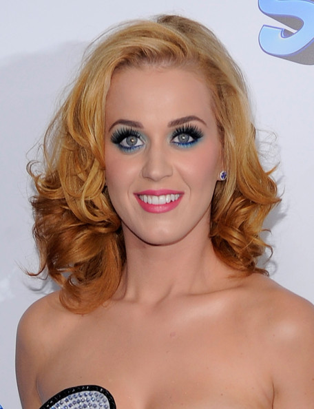 Katy+Perry+Smurfs+World+Premiere+Red+Carpet+WRh6nEri4Phl.jpg