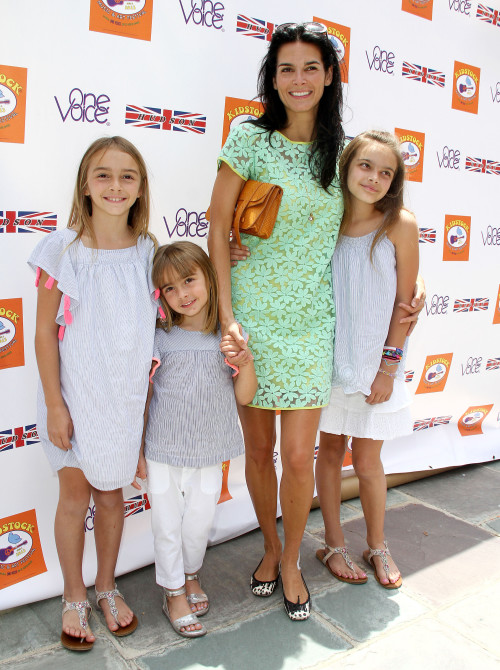 Angie Harmon Daughters 2013