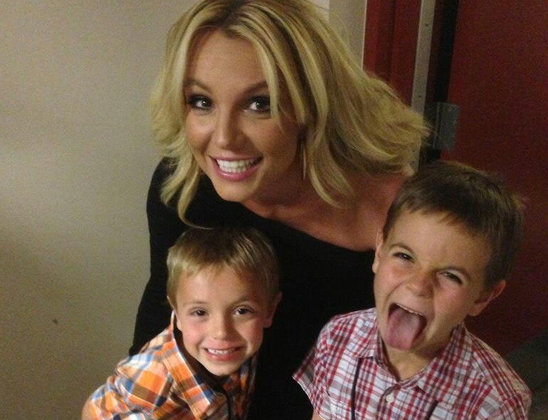 britney_spears_says_her_sons_are_embarrassed_by_her.jpg