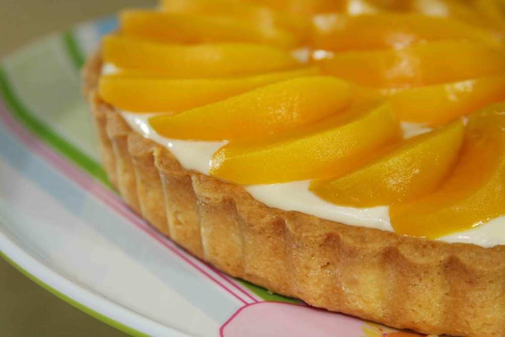 peach-tart-lo2.jpg