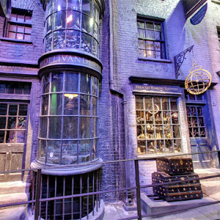 harry-potter-diagon-alley-google-maps-ollivanders-wand-shop.jpg