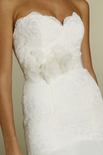tara-keely-bridal-lace-gown-strapless-sweetheart-belt-natural-waist-tiered-tulle-skirt-chapel-train-2200_x2.jpg