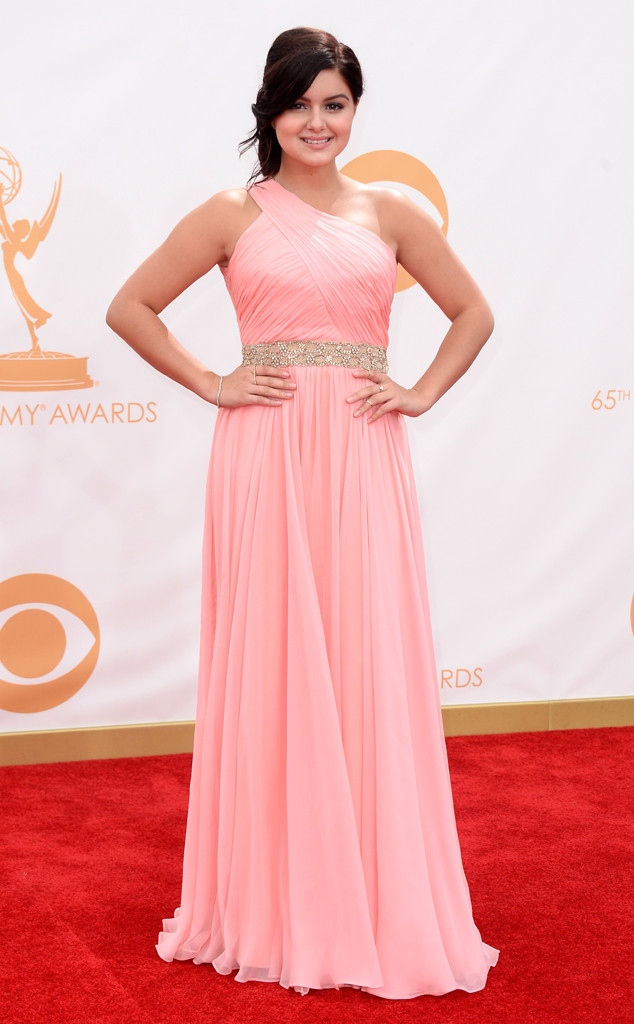 rs_634x1024-130922145302-634-ariel-winter-emmy.ls.92213_copy.jpg
