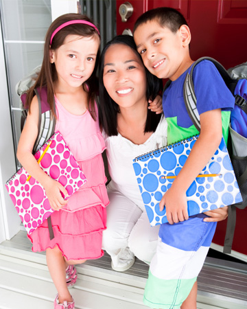 mom-back-to-school-kids-porch.jpg